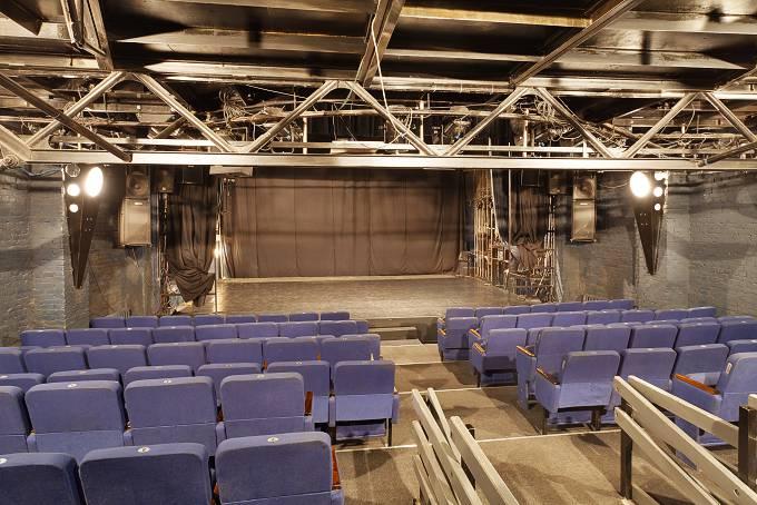 Театры москвы афиша театр стаса намина кино в твери афиша сегодня
